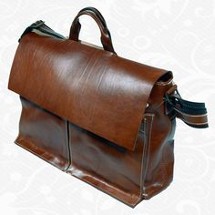 Kožená aktovka z kvalitnej a odolnej kože. Aktovka je plochá taška slúžiaca ako elegantné púzdro na uloženie rôznych spisov a dokumentov. Aktovka obsahuje držadlo, ktoré umožňuje aktovku niesť v ruke.  Používa sa pravá hovädzia a teľacia useň, exkluzívna – ručne tamponovaná useň, talianske a švajčiarske kovanie a podšívkové materiály.  http://www.vegalm.sk/produkt/kozena-aktovka-c-8369/