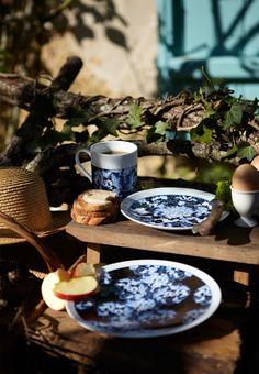 """Emilie Bok tableware collection """"Les pivoines bleues"""" : atmosphere"""