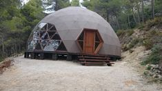 Domo Geodésico Alicante | Domos Geodésicos - Geodesic Domes Yurt Home, Geodesic Dome Homes, Life Space, Dome House, Round House, Alicante, Home Projects, Outdoor Gear, Architecture Design