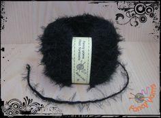 1 gomitolo 50 grammi, colore nero filato moda di Fancy yarns su DaWanda.com