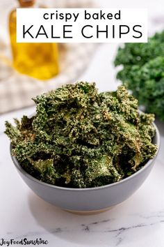 Best Kale Chip Recipe, Kale Chip Recipes, Chips Recipe, Roasted Kale Recipes, Roasted Kale Chips, Vegetable Dishes, Vegetable Recipes, Vegetarian Recipes, Whole30 Recipes