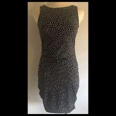 "A PEA IN THE POD  MATERNITY SHEATH DRESS  SZ M A PEA IN THE POD  MATERNITY BLACK WHITE POLKA DOT RUCHED SHEATH DRESS  SZ M 36-38"" BUST 39"" LENGTH GOOD CONDITION A Pea in the Pod Dresses"