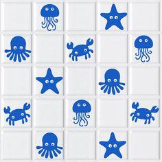 Simpáticos animales marinos de vinilo, ideales para decorar los azulejos de nuestro cuarto de baño. Shells, Kids Rugs, Cards, Silhouette, Fish, Decoration, Home Decor, Ideas, Decorating Bathrooms