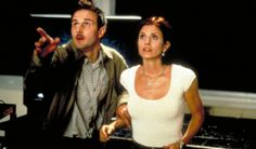 David Arquette & Courtney Cox – Scream - These famous faces of the 90s were also pretty high profile during their time, having met on the scene of slasher horror Scream, back in 1996. But after 11 years of marriage, these guys called it quits in 2010 but didn't file for divorce until 2012. The reason? Apparently she got bored of his kooky behavior, which she thought he would grow out of.