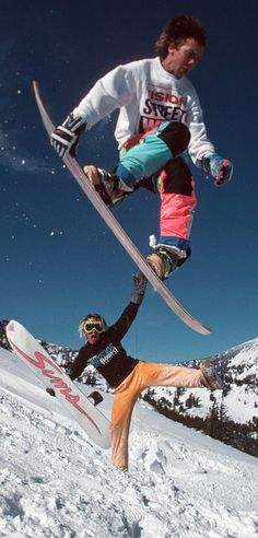 Slide back into fashion. Terry Kidwell and Shaun Palmer, 1988. http://win.gs/1g84mgK Image: © Bud Fawcett #snowboarding #fashion #80s #halfpipe