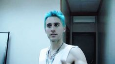 The mint-blue hair was perfection
