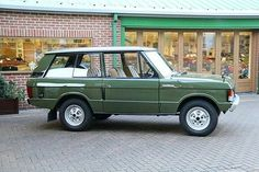 - Drool & Awe - By @jd_classics #landrover #rangeroverclassic2dr #rangeroverclassic #rangerover #landroverphotoalbum #4x4