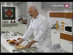 Pasteleria sin secretos Oswaldo Gross crepes con chocolates y helado - YouTube Crepes, Oswaldo Gross, Cooking Tv, Anna Olson, Decadent Cakes, Rice Krispies, Chocolates, Bakery, Food And Drink