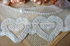 Width: 5.5(14cm) Embroiderd Part: 3.14(8cm)    This lisitng is for 2 yards    All the lace are perfect for lingerie, bra, dresses, dolls, bridal veil,