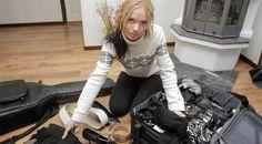 Face 84 Emma Karlsson koffert bälten skärp