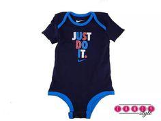 Body/Macacão Infantil Masculino NIKE 12 meses Tamanho: 12 meses Marca: NIKE Cor: azul  Produto em estoque no Brasil: www.fancystyle.com.br #fancystyle #vemserfancy #importados #comprasonline #nike #macacao