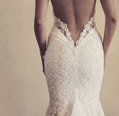 Love the low cut back detail !