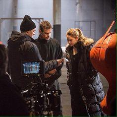 Throwback to Divergent Divergent Four, Divergent Movie, Tris And Four, Divergent Insurgent Allegiant, Tris Et Quatre, My Future Job, Tris Prior, Veronica Roth, Theo James