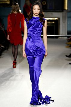 Roksanda Fall 2011 Ready-to-Wear - Collection - Gallery - Style.com