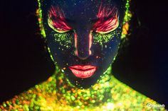 Neon, a beautiful photo project by Hid Saib