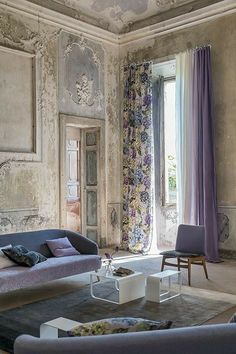 Italian Home, Interior Decorating, Interior Design, Curtain Designs, Designers Guild, French Decor, House Colors, Room Inspiration, Living Room Designs