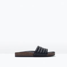Image 1 of QUILTED WIDE STRAP SANDALS WITH FOOTBED from Zara