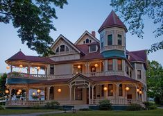 A Victorian is a house constructed during the Victorian era, a time when industrialization brought new building materials and techniques, resulting in rapid changes in architecture Detail Architecture, Victorian Architecture, Beautiful Architecture, Beautiful Buildings, Beautiful Homes, Victorian Style Homes, Victorian Houses, Victorian Life, Victorian Buildings