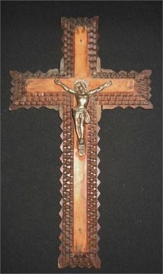 ***Sending Delay 1-3 business days***  Item:  Wooden crucifix from the beginning of the 1900s.  It is 4 cut and carved crosses in beech wood layered one on to another to form this beveled form.The last is a classic wooden crucifix with Jesus in a silver toned metal.  This could be the work of a local craftsman farmer or soldier -This is not sure  The front part is varnished.Darkened with age . The back has signs of nails that hold the layers together.   Condition:  No major faults with the…
