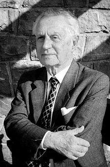 """František Kožík 1909-1997 Čech """"Největší z pierotů"""",""""Kronika života a vlády Karla IV.""""..."""