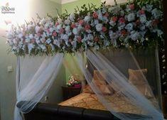 wedding be marriageideas Bed Dressing, Wedding Bed, Flower Decorations, Table Decorations, Bed Ideas, Teamwork, Pakistan, Flower Arrangements, Flowers
