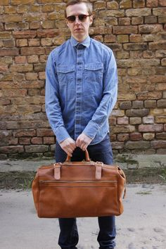 Hey, I found this really awesome Etsy listing at https://www.etsy.com/listing/188263090/70s-briefcase-leather-look-travel
