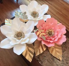 "45 Likes, 3 Comments - Paper Flowers Flores De Papel (@paperflowersgarden) on Instagram: ""Paper flowers small set, available with custom color. Pick the color of your choice is flash sale…"""