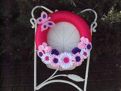 Wreath. Floreal yarn wreath. Multicolored  felt flowers. Spring wreath. on Etsy, 21,00€