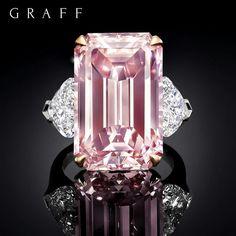 "4,112 Me gusta, 60 comentarios - Graff Diamonds (@graffdiamonds) en Instagram: ""Pure Perfection: Taking the worlds stage, the most beautiful, pure, 16.88 carat pink diamond. It's…"""