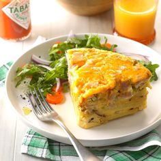 This frittata is filled with the classic ingredients of a Denver omelet—peppers, onion and ham—along with potatoes to make it hearty. It's the perfect brunch dish to serve company after church or another early outing. —Connie Eaton, Pittsburgh, Pennsylvania Slow Cooker Breakfast, Breakfast Recipes, Breakfast Dishes, Breakfast Casserole, Breakfast Ideas, Frittata Recipes, Savoury Recipes, Egg Recipes, Brunch Dishes