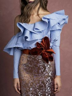 Specifications: Gender:Women Collar:Ruffles Style:Fashion Sleeve Length:Full Pattern Type:Striped Fabric Type:Broadcloth Decoration:Ruffles Clothing Length:Regular Sleeve Style:Regular Material:Polyes