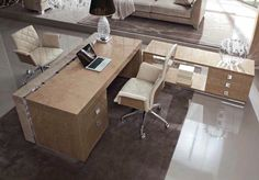 Luxurious office in lacquered wood