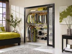 При открывании двери слышен небольшой шорох, что впрочем не портит удовольствие от ее использования
