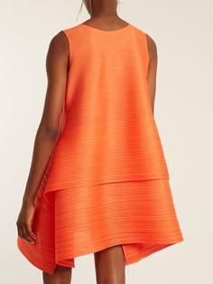 Poyon Poyon pleated dress | Pleats Please Issey Miyake | MATCHESFASHION.COM UK