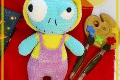 Dulce muñeca de ratón amigurumi patrón libre de ganchillo - Patrones de amigurumi gratis Crochet Bunny Pattern, Free Crochet, Crochet Snowman, Tweety, Smurfs, Free Pattern, Bear, Amigurumi Free, Halloween Zombie