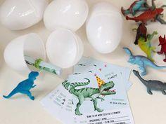 Een leuke dinosaurus uitnodiging voor een kinderfeestje - Inclusief gratis printable.