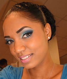 Stunning aqua eye makeup