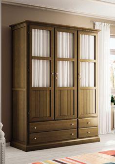 Armario color cerezo de 3 puertas de estilo clásico, visita nuestra web y descubre mas opciones y posibilidades: http://rusticocolonial.es/
