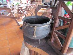 Olla antigua / Old pot
