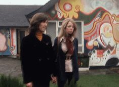 Truth About the Beatles' Girls George Harrison Pattie Boyd, The Beatles, Beatles Art, Beatles Photos, Jane Asher, Richard Starkey, Liverpool, The White Album, Anos 60