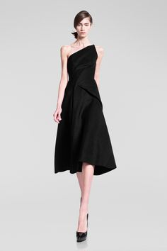 Donna Karan Pre-Fall 2013 Collection Slideshow on Style.com