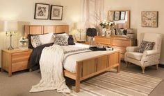 Color ideas to go with oak bedroom furniture