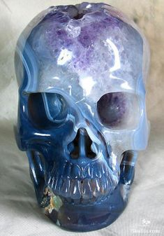 Carved Crystal Skull Made from Agate Geode. These skulls I am pinning are only for the Beautiful Art they are! And carved from Rich Colors of Agate, Geode, and gems. Amethyst Geode, Agate Geode, Blue Geode, Crystals And Gemstones, Stones And Crystals, Art Actuel, Human Skull, Crystal Skull, Rocks And Gems