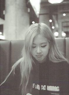 Rose Photos, Blackpink Photos, Kim Jennie, Korean Girl, Asian Girl, Rose And Rosie, Rose Icon, Rose Park, Kim Jisoo