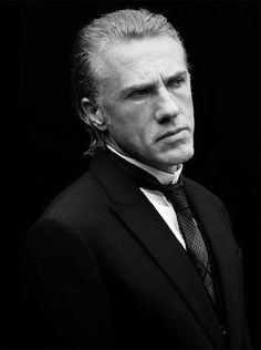 Christoph Waltz - Hector Mabuse (a leetle too easy, but hey) Christoph Waltz, Quentin Tarantino, Gellert Grindelwald, Funny People Pictures, Cinema, Poses, Famous Faces, Movie Stars, Corporate Headshots