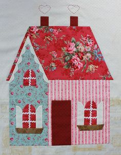 I made it using boxes packing.Dressed the walls in velvet self adhesive paper.I made a loft bedroom and omamented with flowers , butterflies and lovely curtains House Quilt Patterns, House Quilt Block, Quilt Block Patterns, Quilt Blocks, Doll Patterns, Patchwork Quilting, Applique Quilts, Quilting Projects, Quilting Designs