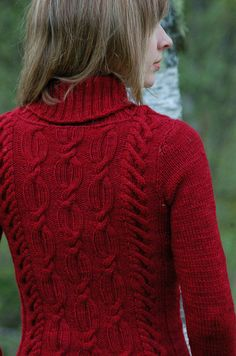 Julia Trice's Elia. Stunning cable work in a cozy winter sweater.