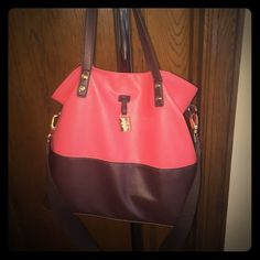 Jessica Simpson Coral Bag Coral & Brown! Removable strap. Gold buckles. No trades. Major wear & tear on handles ( you can feel it because leather is scuffed) , wear & tear/scuff marks at the bottom of bag. But still Cute & trendy! Jessica Simpson Bags