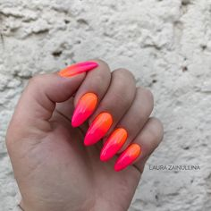 Check it out. Coral Ombre Nails, Neon Nails, Pink Nails, My Nails, Cute Nails, Pretty Nails, Nails Only, Crazy Nails, Dipped Nails