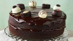 Chocolaty Fudge Cake